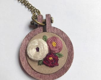 Floral mini embroidery hoop pendant