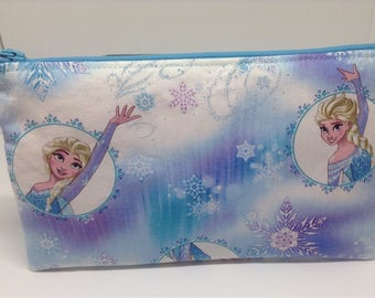 Disney Frozen Elsa Zipper Pouch ~ School Supply Case ~ Cosmetics Bag ~ Pencil Pouch ~ Essentials Pouch ~ Complete Supply Pouch