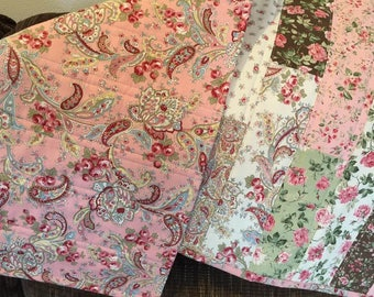 Elegant table runner, Roses and Floral table runner, table topper, handmade, quilted, reversible