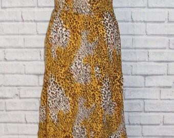 Size 10 vintage 70s style shirred waist sleeveless dress leopard print (HR62)