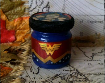Wonder Woman - Marvel - Handmade, Mini Secret Stash Jar Jewellery/Trinket/Herbs/Pills/420/Mary Jane...Wedding/Party Favour Gift 45ml