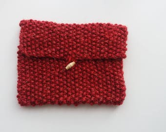 Small pouch in Crimson wool