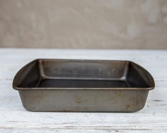 Vintage and Weathered Baking Pan-Food Photography Props