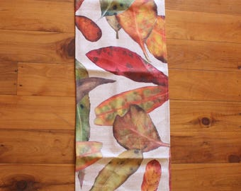 Gumleaf print table runner/ bed runner