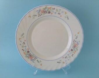 Vintage Arcopal France 'Victoria' Milk Glass Dinner Plate