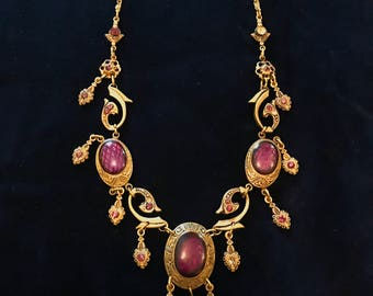 Vintage Victorian-esque Antique Gold Purple Glass Stone Beautiful Necklace Very Pretty Delicate Piece Goth Steampunk Glamour Victorian 20s