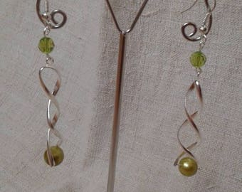 Green Pearl and spiral earrings