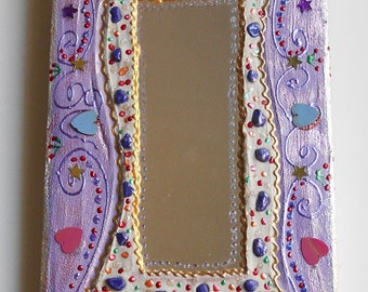 mirror in cheerful 20 X 32 cm - purple paint, for wall decoration