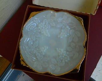 Vintage Anchor Hocking milk glass dish