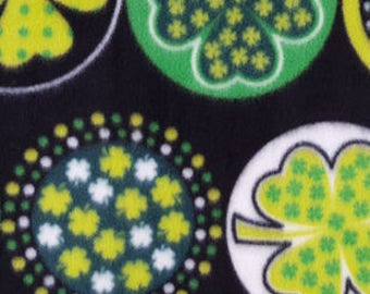 Shamrocks & Dots Printed Fleece Tied Blanket