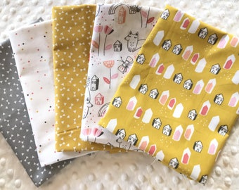 LOT 5 Coupons fabric patchwork child mustard and white 30 x 35 cm