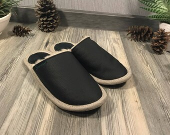 Black slippers, men slippers, leather slippers, merino wool slippers, warm slippers, closed toe slippers, home slippers, men's house shoes
