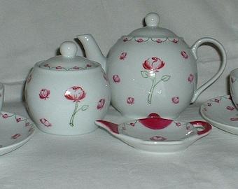 Small rose pattern porcelain tea set