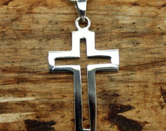 Silver Plated Open Cross Pendant with Free Chain (TP-001)