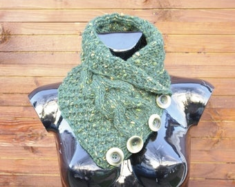 Green hand-knitted women scarf