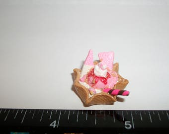 Dollhouse Miniature Handcrafted Strawberry Ice Cream Waffle Bowl Dessert Food for the Doll House 1225