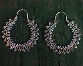 Silver Leaf Earring - Medium