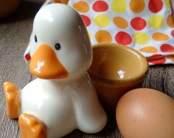 VINTAGE ENGLISH EGGCUP, cute duck egg cup, white and yellow egg cup, vintage English kitchenalia, vintage breakfast item, duck & egg basket