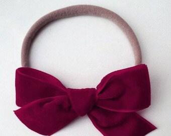 HOLIDAY COLLECTION / baby bow / headband / velvet bow / red velvet bow / Christmas headband / red bow / baby bow / baby headband