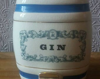 Royal Victoria wade gin barrel, mini gin barrel, small   drink dispenser, father's day gift, wade pottery, vintage barware