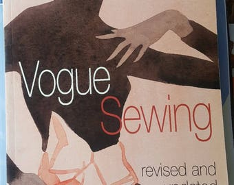 Vogue Sewing Revised & Updated Illustrated Pre-Owned Book In Excellent Condition
