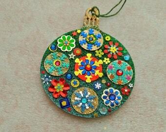 Round Ornament 27
