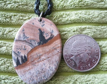 howling wolf on picture jasper