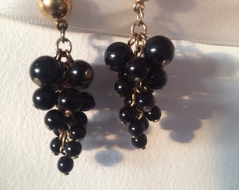 Vintage brass & black glass beaded bunch of grapes earrings.