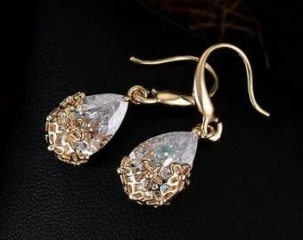 Romantic Gold Crystal Drop Earrings
