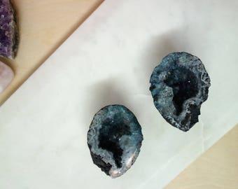 Agate Geode Caves pair - 167 Grams