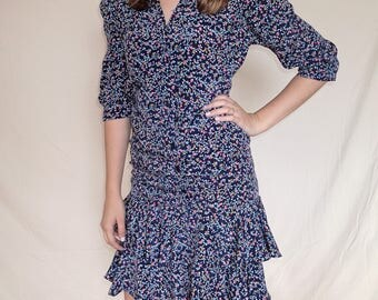 Vintage 1970's dress, mid 1900's style, Samantha Stevens Petites, floral, double breasted buttons