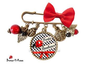 Good luck cabochon gingham pin black Christmas gift Red Ladybug