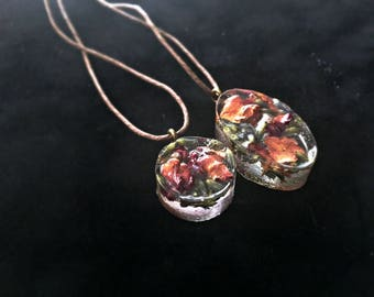 Flower Resin Necklace, Real Flower Necklace, Boho Necklace, Resin Flower Pendant, Resin Flower Jewelry, Flowers in Resin Hemp Necklace