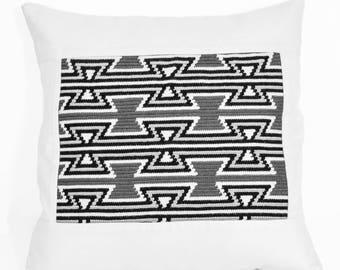 Wayuu Geometric - Cushion cover