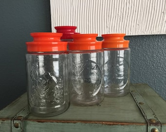Assorted Anchor Hocking  jars with lids
