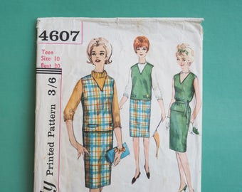 Simplicity 4607 Retro Vintage 1960's Teen Skirt Top Sleeveless Blouse, A-line Separates, Sewing Pattern Size 10 Bust 30