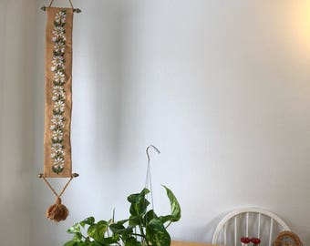 Stitched floral wall hanging decor