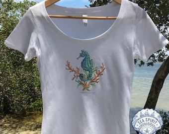 Seahorse t-shirt | seahorse tee | Coastal gift | Seahorse art | Seahorse gift | Kate McRostie | beach t-shirt | Seahorse shirt