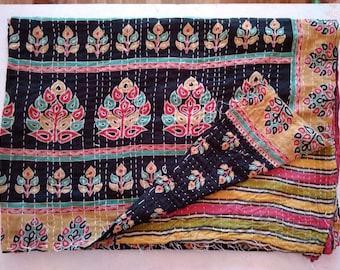 Maniona Kantha Quilt, Vintage Kantha Bedspread,  Indian Gudri, Bohemian throw,  Kantha Twin blanket, Handmade Reversible Quilt