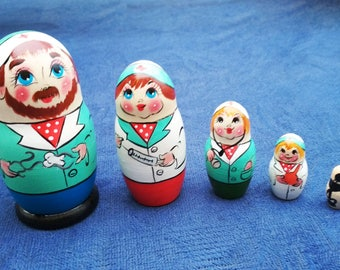 Dentists and Nurses Nesting Dolls-Medicine Doll-Hospital Décor-Nurse-Funny Gift-Hand Painted Doll-Set of 5 Nesting Dolls-Height 10.5cm,4.1in
