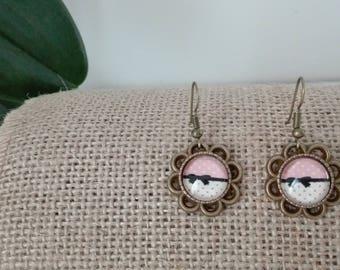 Earrings dangle cabochon bow