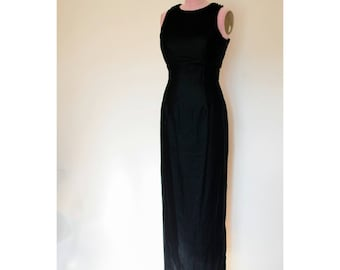 1990s Jessica McClintock black velvet floor length dress