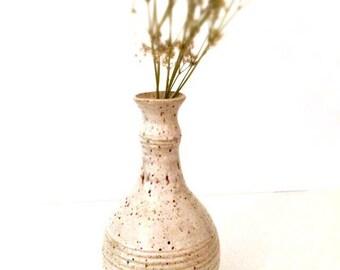 Stoneware vase.
