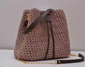 knitted bag, leather handles