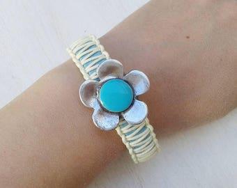 Flower bracelet - vegan jewelry