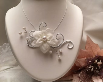 Necklace white and silver aluminum wire