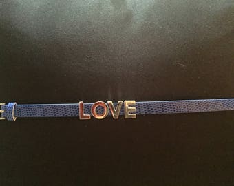 Faux leather Love bracelet