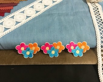 Three colorful tiny flower patch,embroidered patch,iron on patch,cute patch,jacket patch,DIY