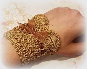 Crochet bracelet/cuff