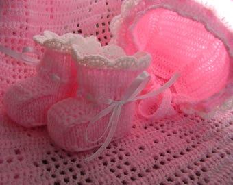 Crochet baby blanket, pink baby blanket, crochet lacy pink baby blanket, girl's blanket